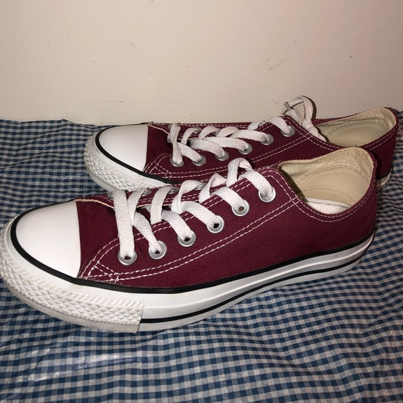 a904614e5549 Converse Shoes - Converse Chuck Taylor All Star in Maroon